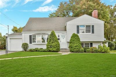 Westchester County Single Family Home For Sale: 17 Galloway Lane