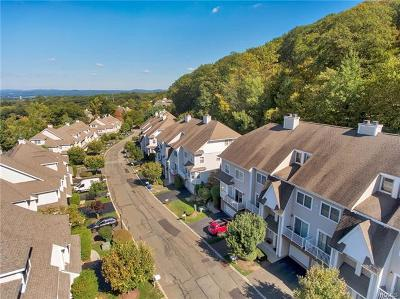 Rockland County Condo/Townhouse For Sale: 42 Crystal Hill Drive