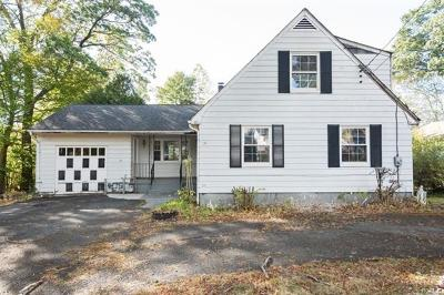 Rockland County Single Family Home For Sale: 23 Beechwood Drive