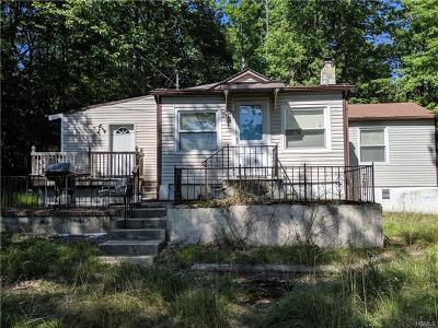 Wurtsboro Single Family Home For Sale: 32 Kingfisher Trail