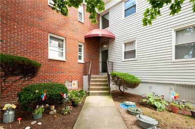 Westchester County Co-Operative For Sale: 19 Burbank Street #2C