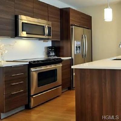 Rental For Rent: 701 Ridge Hill Boulevard #12 B