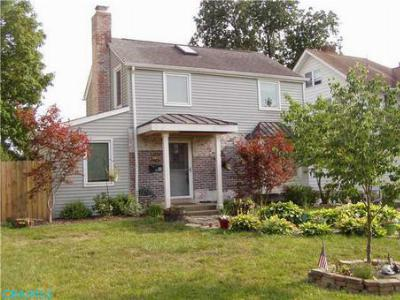Single Family Home SOLD!: 47 East Kanawha Ave