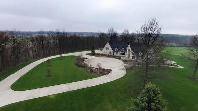 Fredericktown Single Family Home For Sale: 8870 Ridge Road
