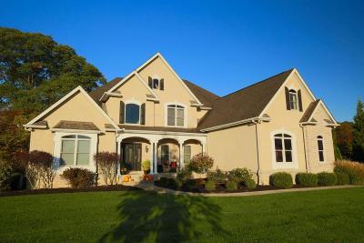Lancaster Single Family Home For Sale: 3207 Rebecca Court NE