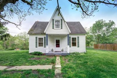 Kirkersville Single Family Home Contingent Finance And Inspect: 315 E Main Street