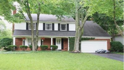 Upper Arlington Single Family Home For Sale: 4174 Chadbourne Drive