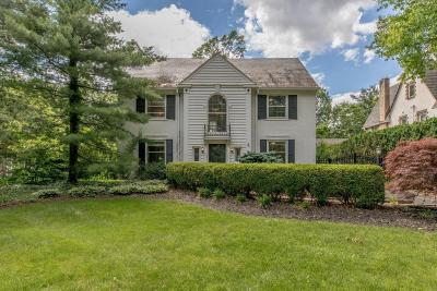 Bexley Single Family Home For Sale: 285 S Dawson Avenue