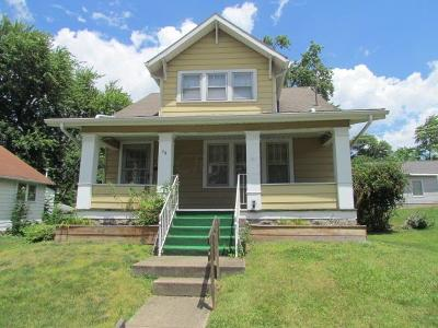 Pickerington Single Family Home Contingent Finance And Inspect: 76 E Church Street