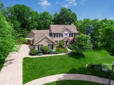 Single Family Home For Sale: 122 Cassidy Court