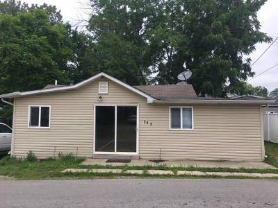 Buckeye Lake Single Family Home Contingent Finance And Inspect: 195 Myers Avenue
