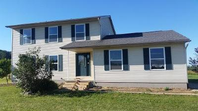 Stoutsville OH Single Family Home Contingent Finance And Inspect: $219,900