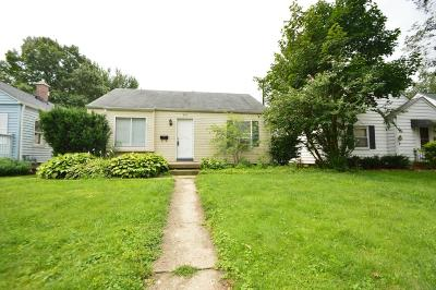 Single Family Home Contingent Finance And Inspect: 257 E Jeffrey Place