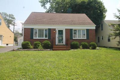 Worthington Single Family Home Contingent Finance And Inspect: 5600 Emerson Avenue