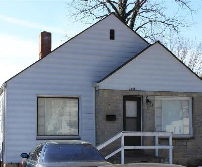 Columbus Single Family Home For Sale: 2245 Woodward Avenue