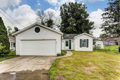 Buckeye Lake Single Family Home Contingent Finance And Inspect: 296 Central Avenue