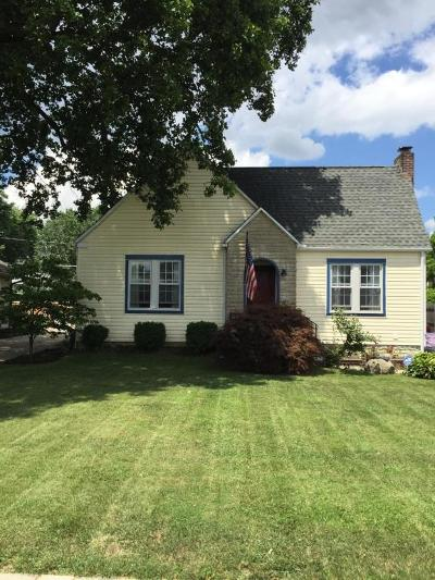 Single Family Home For Sale: 572 Richards Road