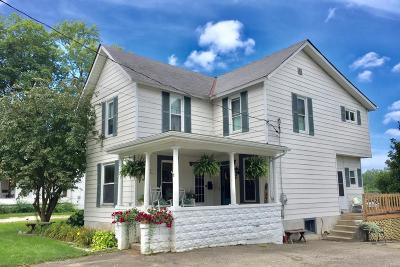 Single Family Home Contingent Finance And Inspect: 138 W Coshocton Street