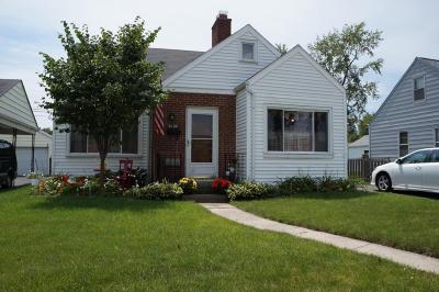 Grove City Single Family Home For Sale: 3195 Kingston Avenue