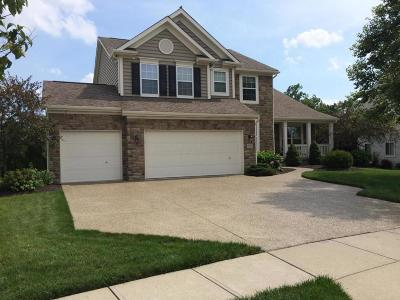 Grove City Single Family Home Contingent Finance And Inspect: 2083 Visconti Drive