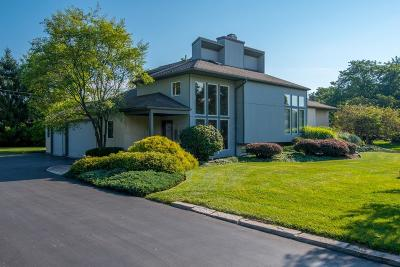 Columbus Single Family Home For Sale: 3434 Woodview Place