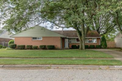 Reynoldsburg Single Family Home For Sale: 6553 Roselawn Avenue