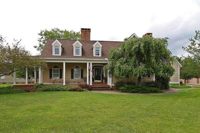 Circleville OH Single Family Home For Sale: $448,000