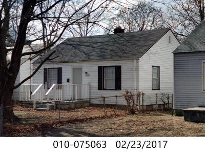 Franklin County, Delaware County, Fairfield County, Hocking County, Licking County, Madison County, Morrow County, Perry County, Pickaway County, Union County Single Family Home For Sale: 2233 Jefferson Avenue