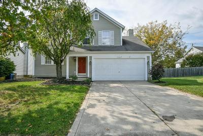 Pickerington Single Family Home Contingent Finance And Inspect: 3147 Southern Hills Drive