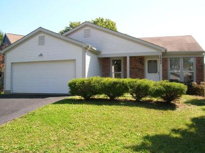 Pickerington Single Family Home Contingent Finance And Inspect: 2992 Stone Mountain Drive