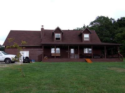 Lancaster Single Family Home For Sale: 8393 Davis Lane SW
