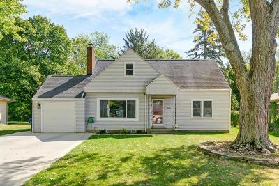 Columbus Single Family Home For Sale: 2865 Wellesley Road