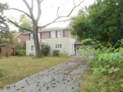 Single Family Home Contingent Finance And Inspect: 2611 Andover Road