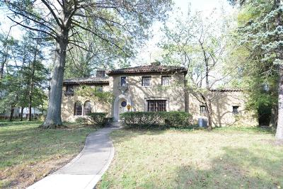 Columbus Single Family Home For Sale: 44 W Jeffrey Place