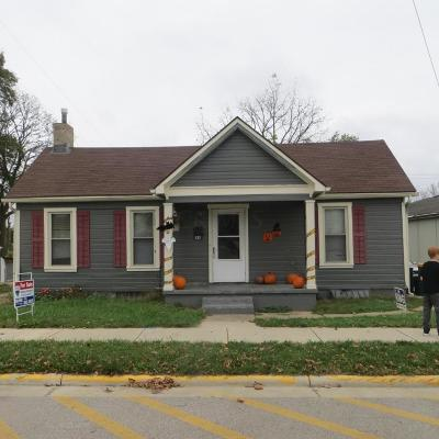 Single Family Home Contingent Finance And Inspect: 166 E Main Street