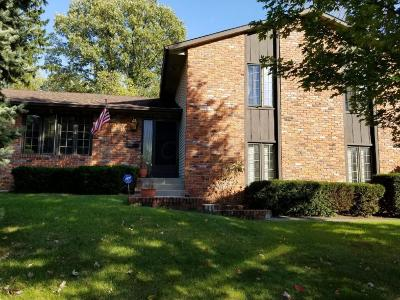 Columbus Single Family Home For Sale: 4546 Crompton Drive