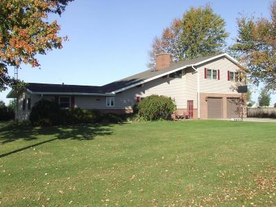 Edison OH Single Family Home For Sale: $199,999