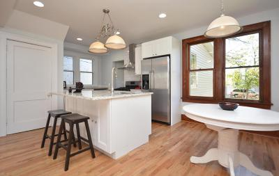Columbus Single Family Home For Sale: 171 N 22nd Street