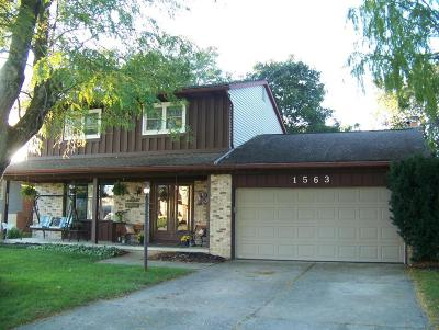 Columbus Single Family Home For Sale: 1563 Valley Crest Drive