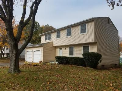 Pickerington Single Family Home Contingent Finance And Inspect: 524 Morningview Avenue