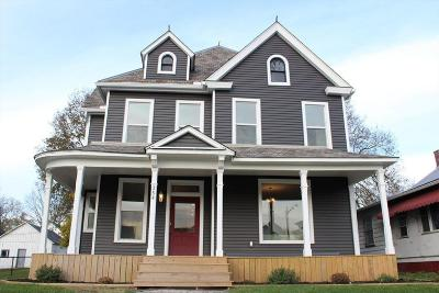 Circleville OH Single Family Home Contingent Finance And Inspect: $199,900