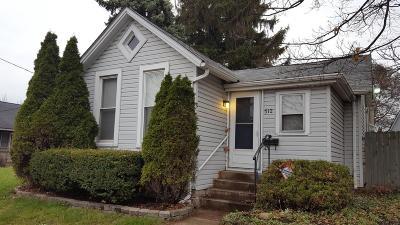 Single Family Home For Sale: 512 E Columbus Street