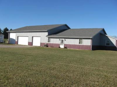 Lancaster Single Family Home Contingent Finance And Inspect: 7784 Lancaster Circleville Road SW