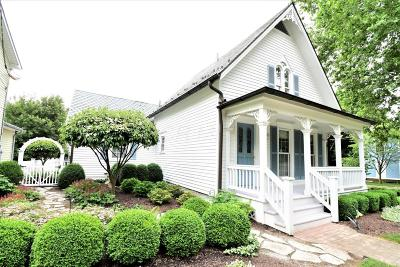 Granville Single Family Home For Sale: 304 N Pearl Street