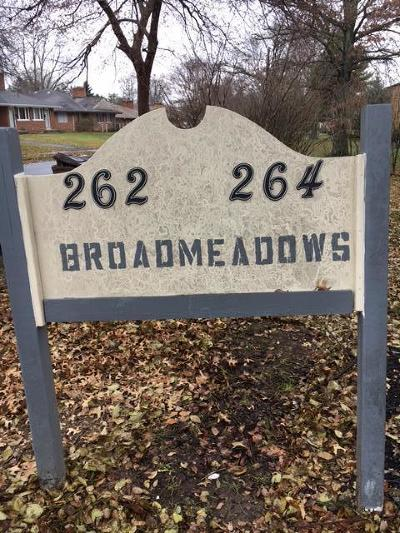 Columbus Multi Family Home For Sale: 262-264 Broad Meadows Boulevard