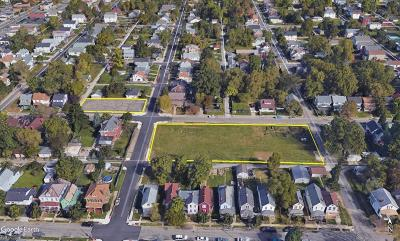 Residential Lots & Land Contingent Finance And Inspect: 622 E Kossuth Street