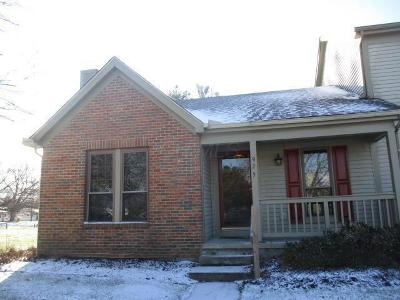Reynoldsburg Single Family Home For Sale: 925 Crofton Place