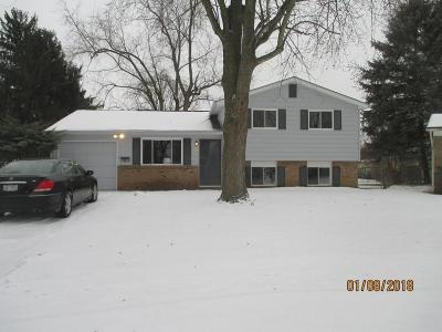 Columbus OH Single Family Home Contingent Finance And Inspect: $129,900