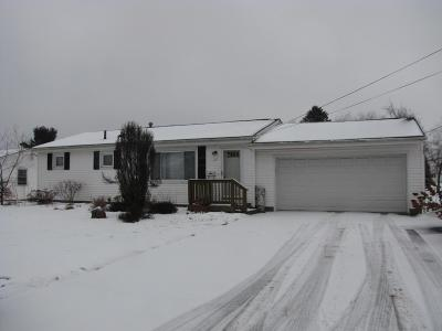 Heath Single Family Home Contingent Finance And Inspect: 67 Cynthia Street