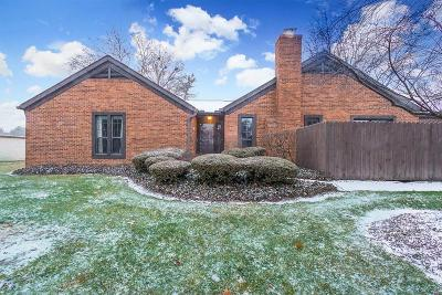 Upper Arlington Condo For Sale: 4761 Coach Road